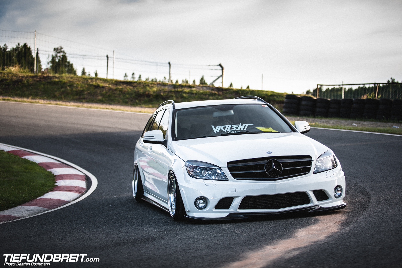 Class Act Bagged W204 Wagon From Sweden